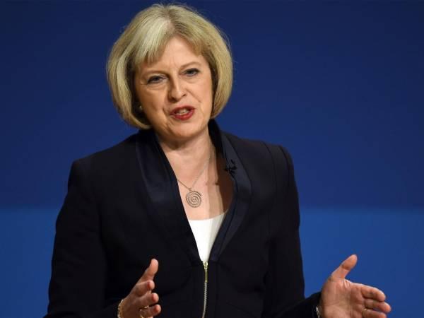 ماي تناشد «العمال البريطاني» دعم «فرصتها الأخيرة» لتسوية الخروج