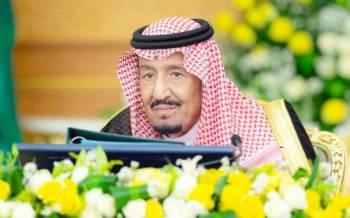 خادم الحرمين مترئسا جلسة مجلس الوزراء.