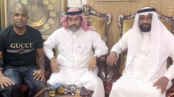 سيرجيو في ضيافة صالح باهويني ويظهر محمد السويد.