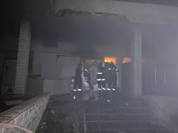 حريق يلتهم مستودعات مستشفى المهد