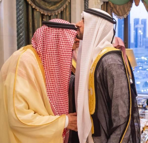 الملك سلمان يستقبل ولي عهد دبي ورئيس مجلس الأمة الكويتي والعلماء