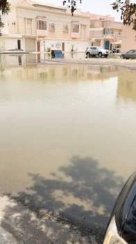 مستنقعات المياه تنتشر في شوارع السامر 4.