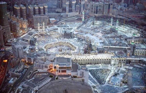 مليونا زائر ومعتمر شهدوا الختمة بالمسجد الحرام.
