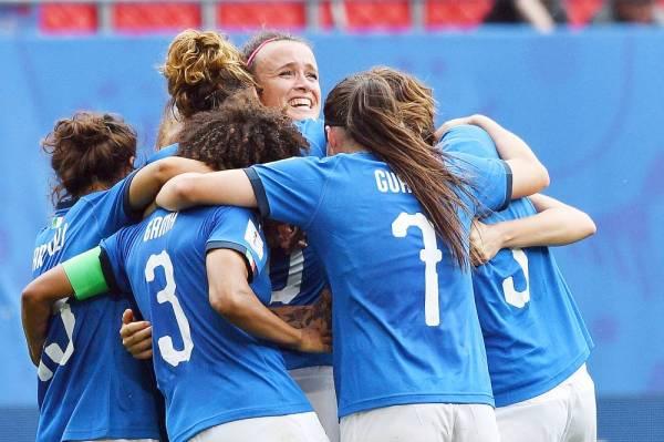 الإيطاليات يعدن للمونديال بانتصار قاتل