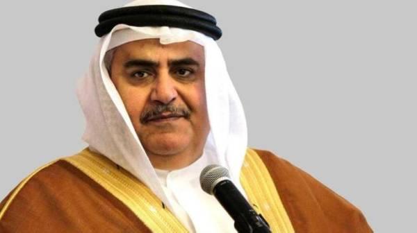 وزير الخارجية البحريني يطالب بموقف دولي صارم تجاه الإرهاب الحوثي والدعم الإيراني