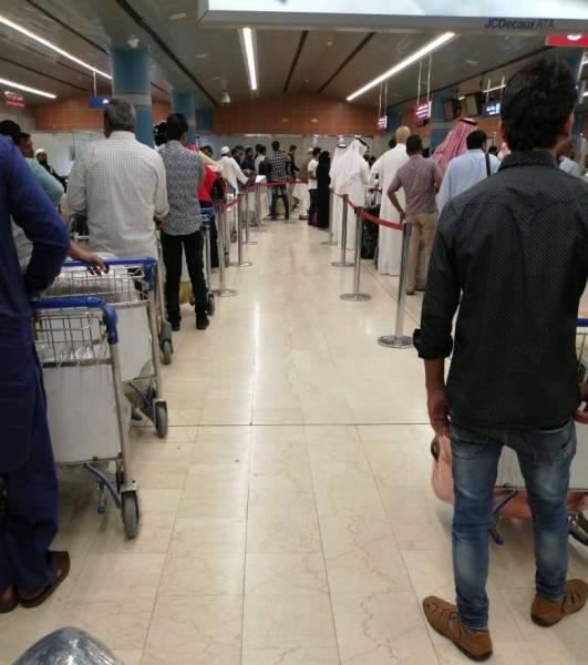 الأوضاع في «مطار أبها» عادية.. لا توقف للرحلات