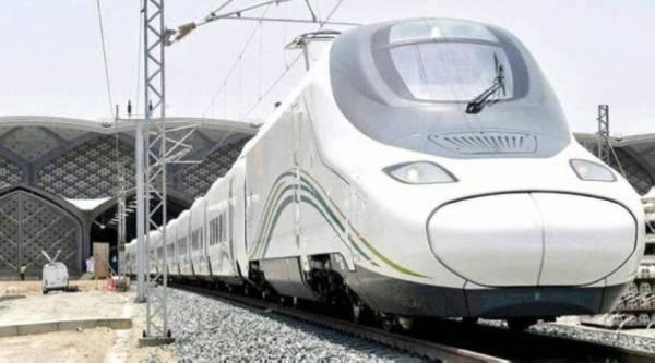 انطلاق «قطار الحرمين المزدوج» في أولى رحلاته