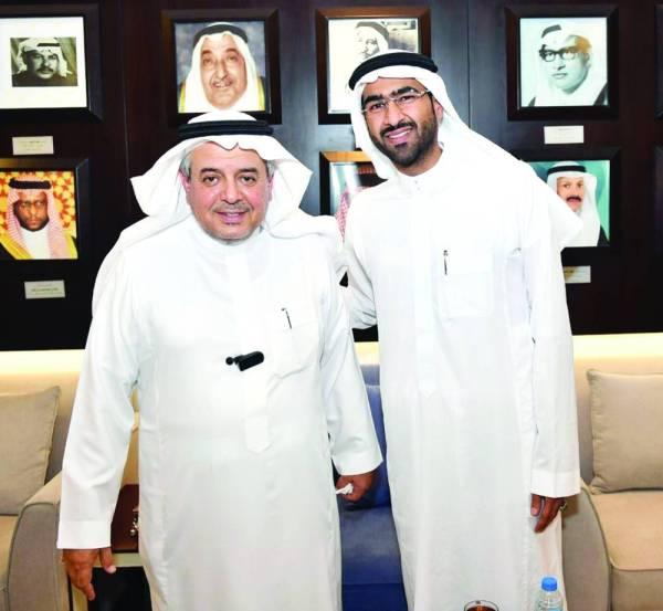 الأمير منصور بن مشعل والمرشح لرئاسة الأهلي أحمد الصائغ.