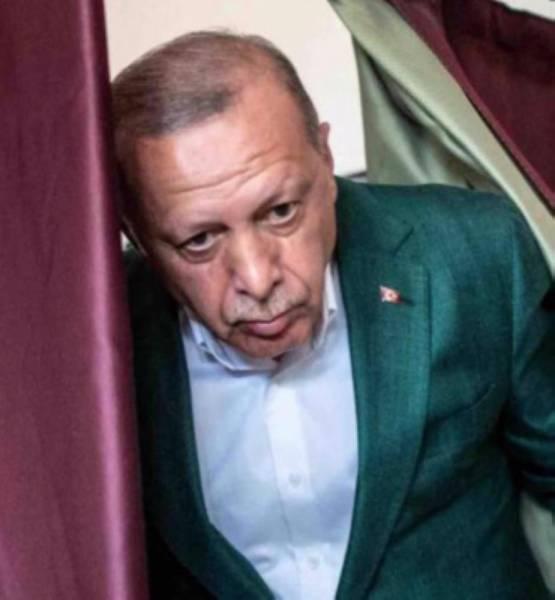 «الحمدين» يدير ظهره لأردوغان