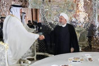 تميم يتعهد لروحاني بتطوير العلاقات مع طهران.