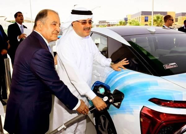 «أرامكو» و«آير برودكتس» تدشنان أول محطة هيدروجين للسيارات في المملكة