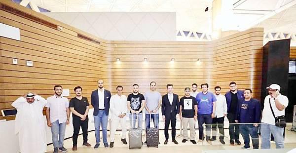 وفد الإعلاميين السعوديين مع السفير الجورجي في الرياض.