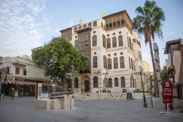 وزارة الثقافة تستقبل يومي الأحد والإثنين زوار معرض مزاد «الفن للبلد»
