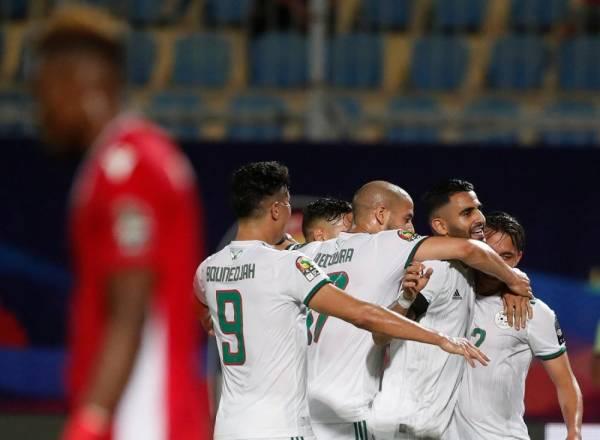 الجزائر تستهل مشوارها في «أمم أفريقيا» بفوز على على كينيا