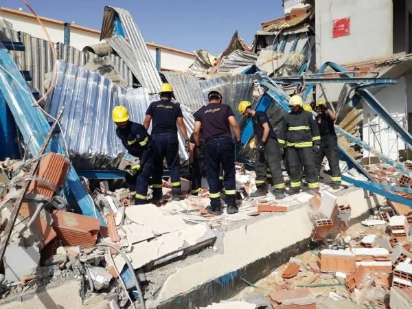 وفاة وإصابة 3 عمال في انهيار مبنى تحت الإنشاء بـ «ينبع»