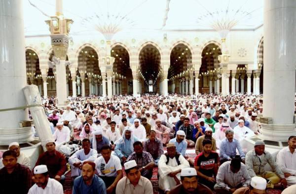 خطيب المسجد الحرام: الشريعة كفلت حرمة الدماء والأموال - أخبار السعودية   صحيفة عكاظ