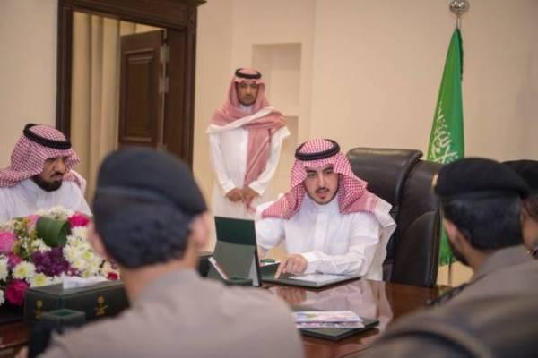 «أمير الجوف» يستعرض البرامج والمبادرات في سجون المنطقة
