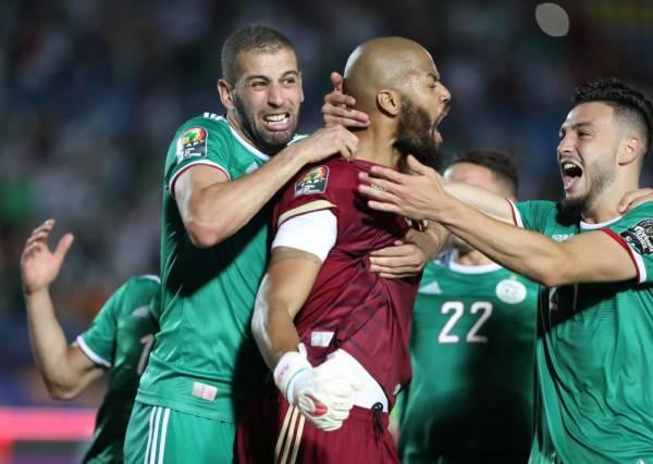 الجزائر تقصي ساحل العاج بركلات الترجيح وتواجه نيجيريا