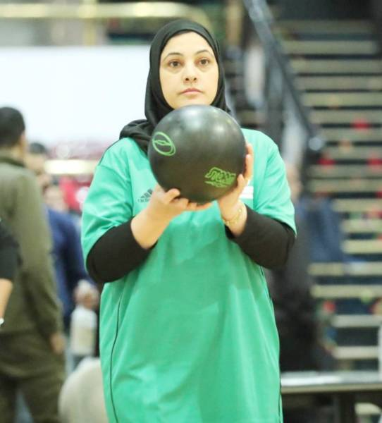 إحدى اللاعبات المشاركات في بطولة العالم.