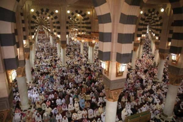 القاسم في خطبة المسجد النبوي: صلاح المجتمع في صلاح الباطن والظاهر