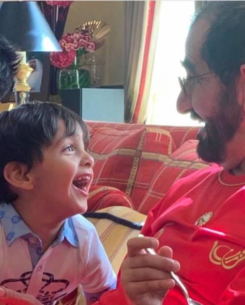 هكذا احتفل محمد بن راشد مع أحفاده بيوم ميلاده