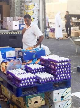 أسعار البيض سجلت انخفاضا ملحوظا أخيرا في ظل ارتفاع الواردات.