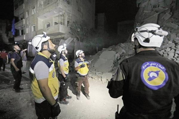 قصف على إدلب يسبق أستانة وتركيا تحشد على حدود شرق الفرات أخبار