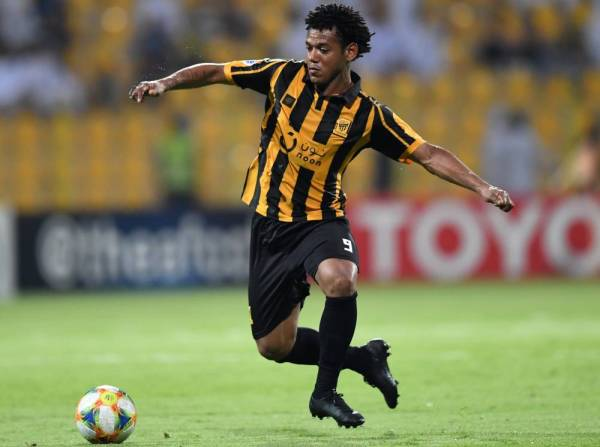 Ittihad FC's Brazilian forward Romarinho dribbles the ball during the AFC Champions League play-off football match between Saudi's al-Ittihad and Iran's Zob Ahan at the Zabeel stadium in Dubai on August 5, 2019.  / AFP / Karim SAHIB