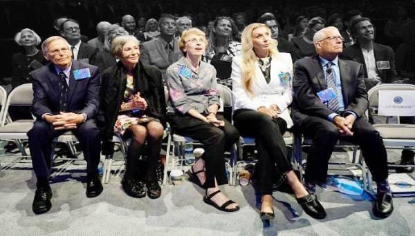 عائلة والتون حافظت على صدارة تصنيف بلومبيرغ لأغنى العائلات في العالم.