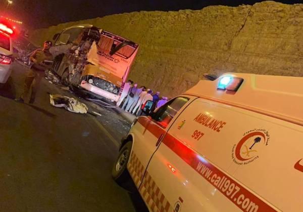 وفاة وإصابة 7 حجاج بحادثة حافلة في الرياض