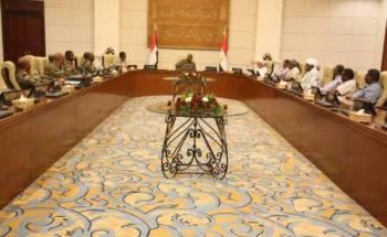 اجتماع المجلس العسكري وقوى الحرية والتغيير بالقصر الجمهوري. (وكالة السودان للأنباء)