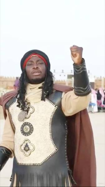 الممثل عبدالله هوساوي