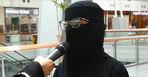 سعوديات لـ«عكاظ»: ثقة القيادة بالمرأة السعودية كبيرة.. السماح بالسفر يعززها
