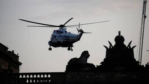 مروحية ترمب تحط في حديقة قصر باكنغهام بلندن في 3 يونيو. (رويترز)