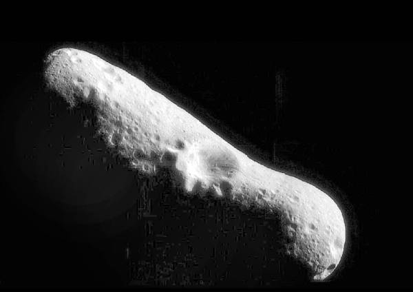 كويكب ضخم يقترب من الأرض.. السبت