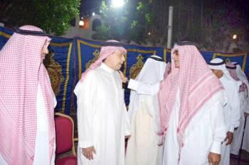 عبدالله كامل معزيا آل شربتلي.