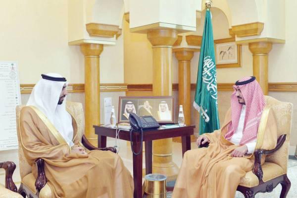 الأمير  بدر بن سلطان مستقبلا سفير الإمارات.