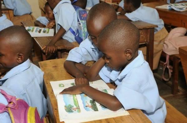 هدية من المملكة.. كتب دراسية لـ«جيبوتي»