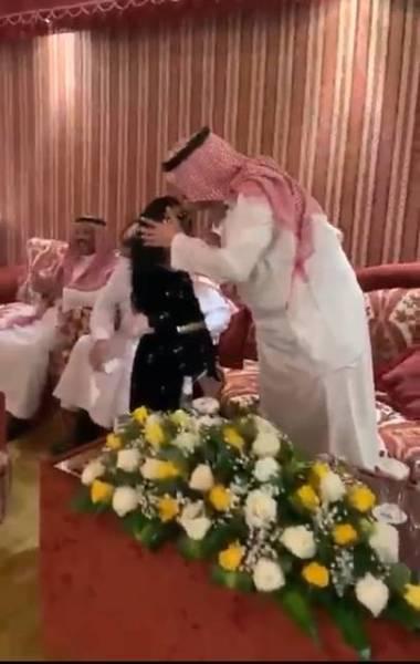 أمير الجوف يلبي طلب الطفلة تالا للقائه