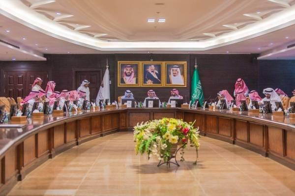 «مجلس الغُرف» يبحث تحسين بيئة الأعمال في القطاع الخاص
