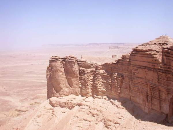 حافة العالم ـ شمال الرياض.