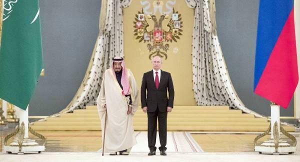 لقاء خادم الحرمين الشريفين بالرئيس بوتين في الرياض تعزيز للعلاقات الثنائية.