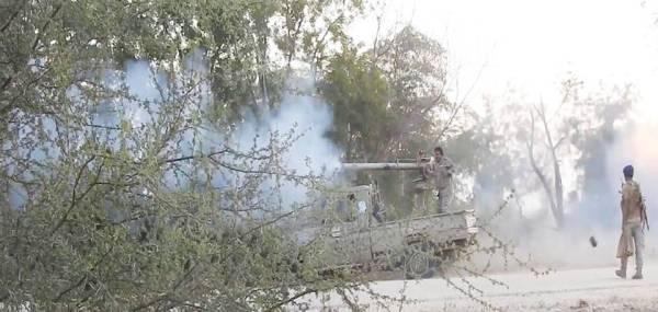 مواجهات بين الجيش الوطني والحوثيين في حجة أمس.  (إعلام الجيش اليمني)