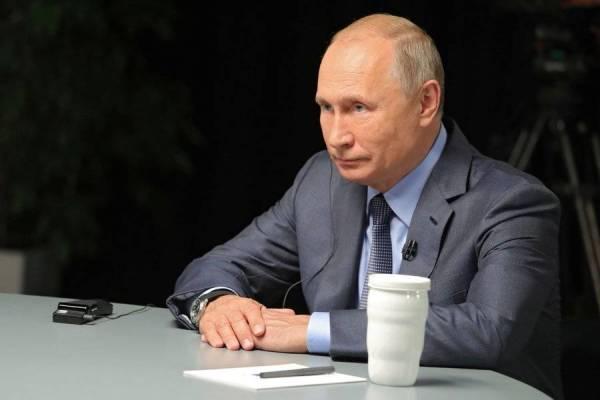 الرئيس بوتين في اللقاء التلفزيوني