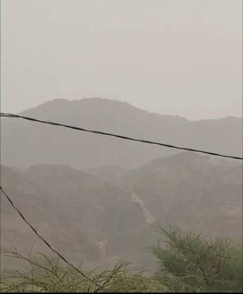 السيول تعزل ١٠٠ منزل بقرى يتمة في بحر أبوسكينة