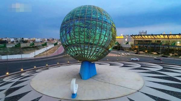 .إعادة تصميم ميدان الكرة الأرضية بما يحقق انسيابية حركة المركبات