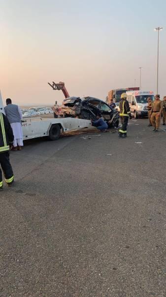 تصادم يصرع ويُصيب 7 في جدة