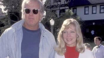 رون إيلي وزوجته الضحية.