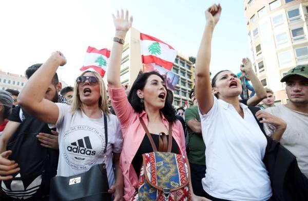 لبنان.. الحكومة تستسلم والشارع يرفض