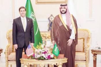 الأمير خالد بن سلمان خلال لقائه وزير الدفاع الأمريكي.